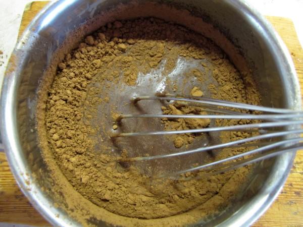 шоколадная паста из шоколадных конфет