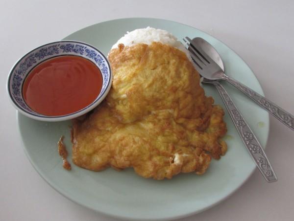 тайский омлет Khai Jeow