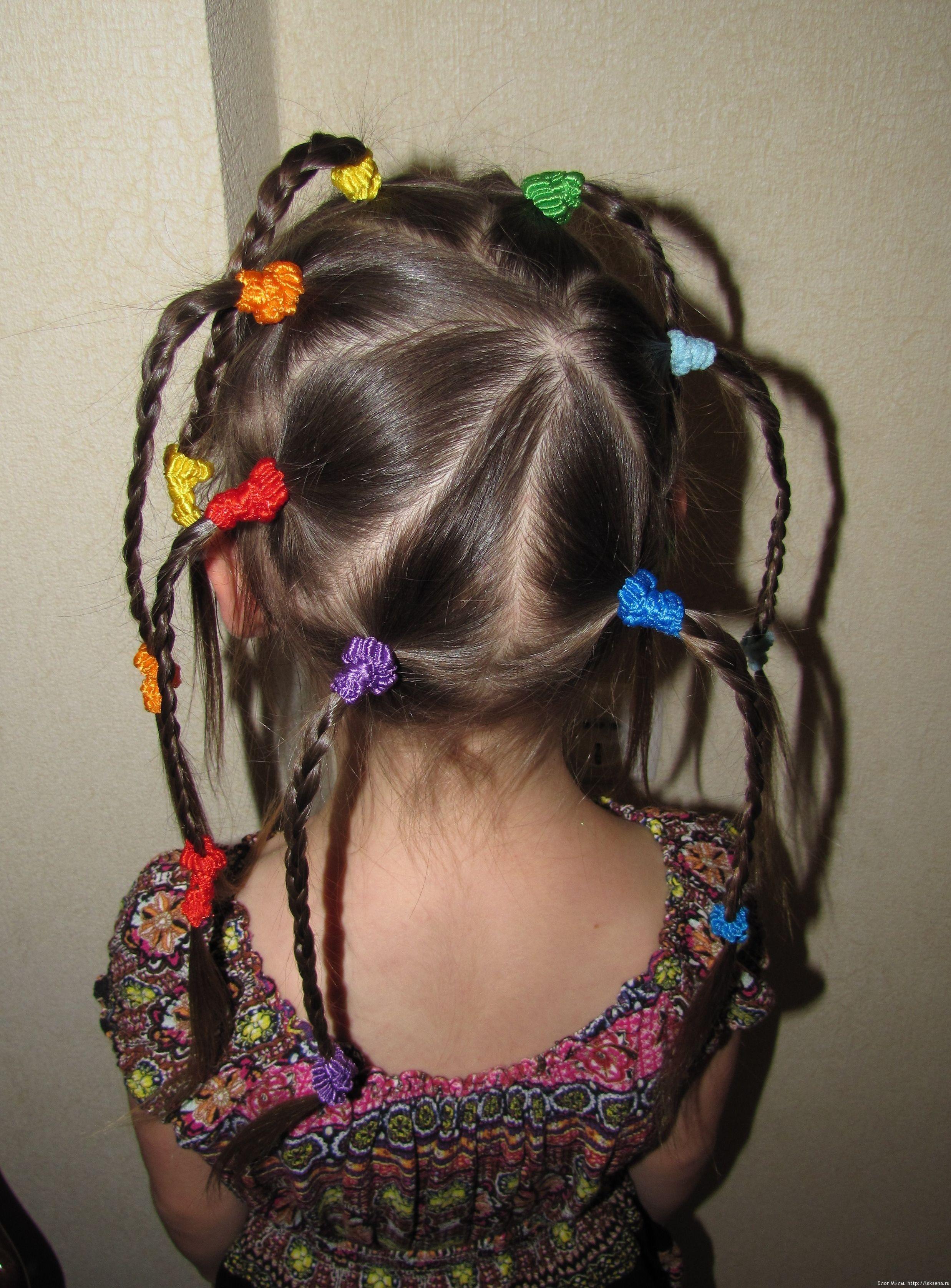 Прически для девочек из косичек своими руками фото 171