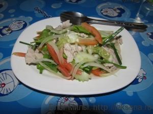 Свинина с тайскими травами и соком лайма