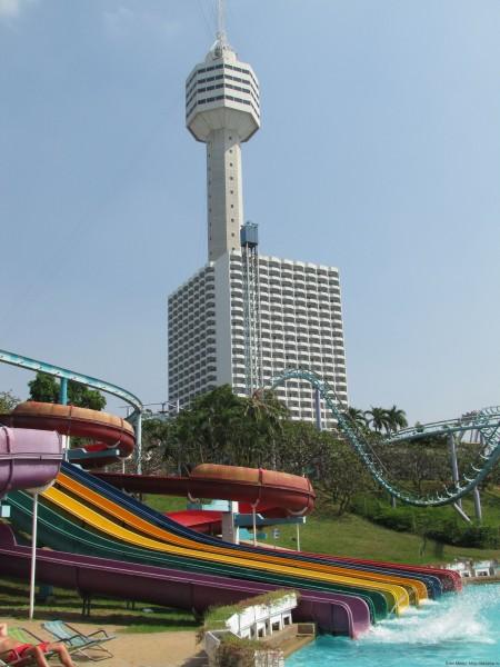 Башня отеля Pattaya Park аквапарк паттайя парк