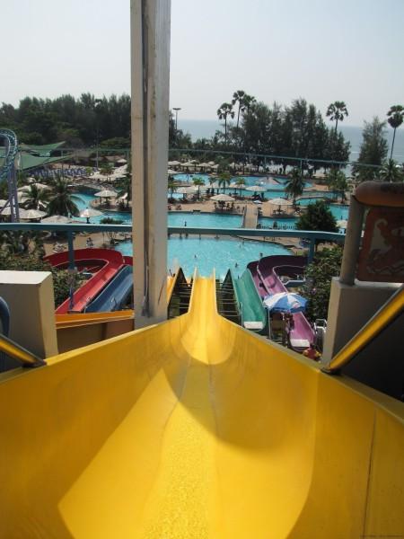 Самая высокая горка аквапарка аквапарк паттайя парк