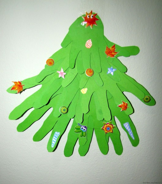 елка из ладошек елка своими руками из бумаги