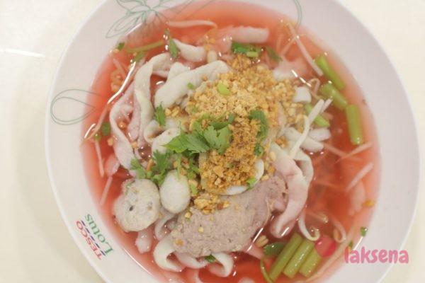 Йен дтаа фоо - малиновый суп с чили пастой тайский суп