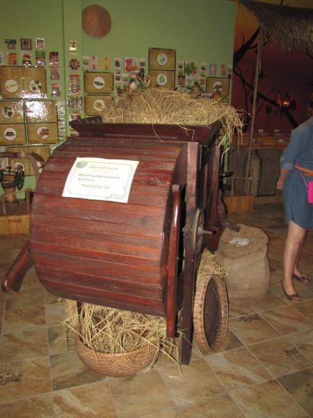 Машина для обмолота риса сад специй