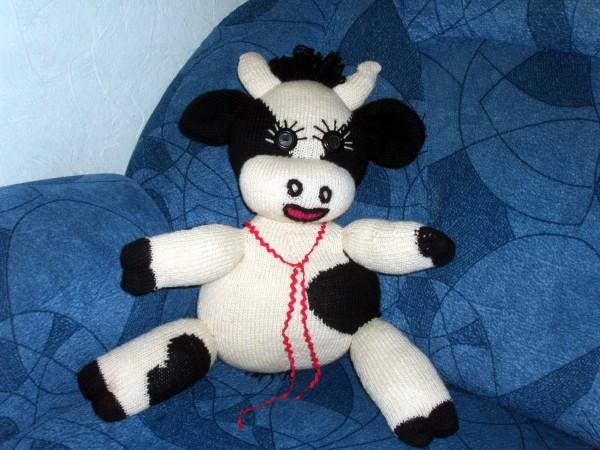 Вязаная корова