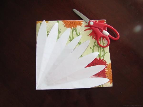 шаблон лепестков для изготовления упаковки для подарка в виде цветочного мешочка