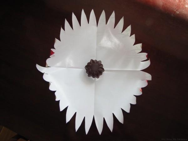 заготовка упаковки подарка из бумаги