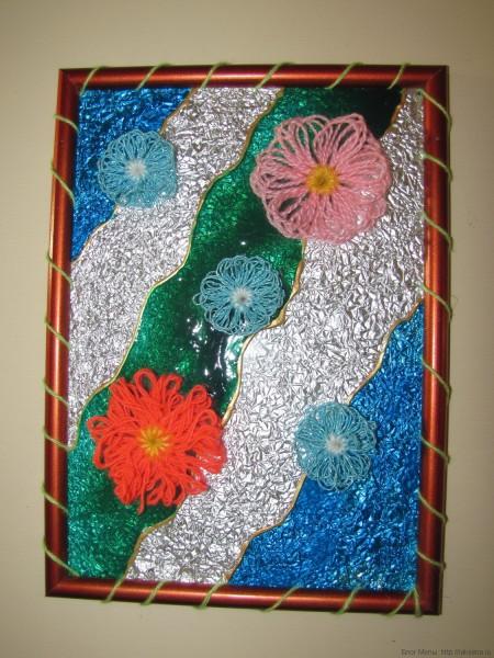 """Поделка для детского сада """"Весеннее настроение"""" из пряжи и витражные краски"""