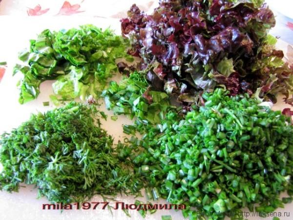 салат из зелени и овощей дачная свежесть