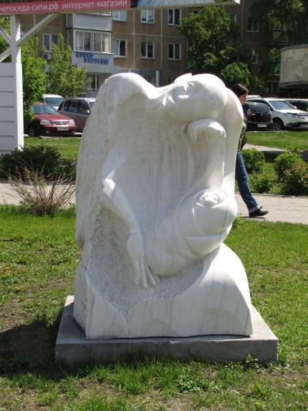 каменные скульптуры новосибирска Ожидающий ангел ангел, ожидающий пробуждения человечества