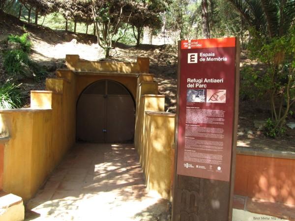 вход в музей бомбоубежище парк Далмау калелья