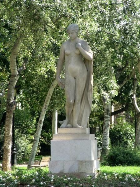 парк цитадели богиня DeesaJosep Dunyach