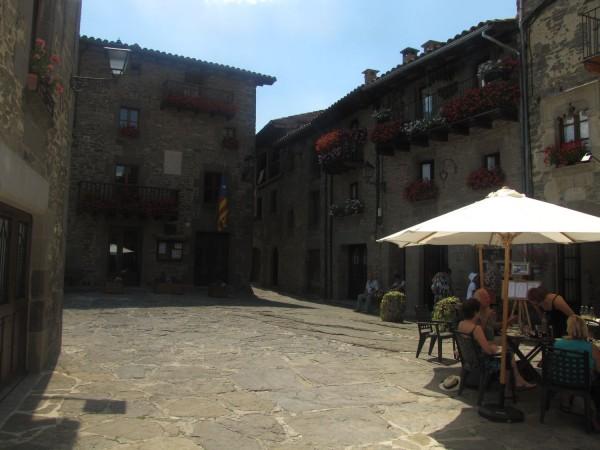 дом рупит в испанской деревне