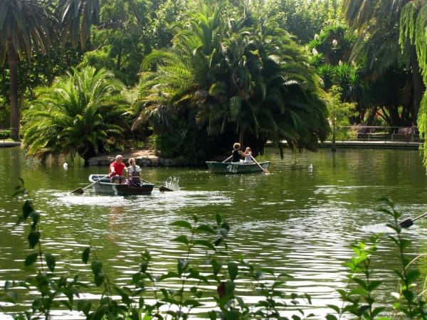 озеро пруд парк цитадели барселона