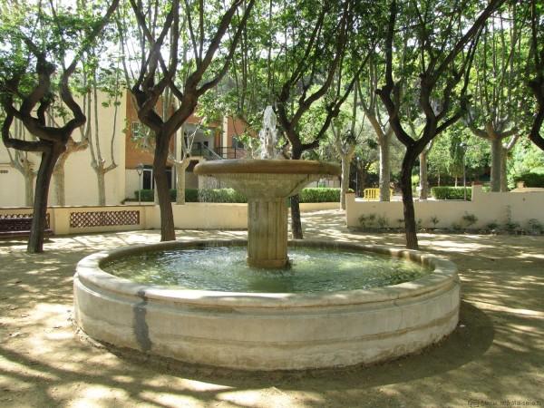 фонтан парк далмау калелья