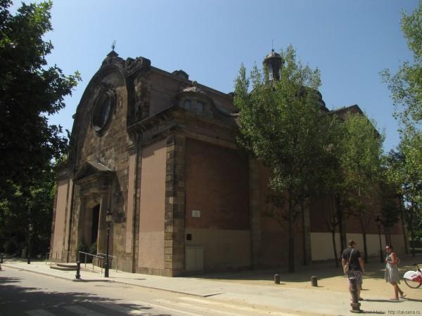 церковь парк цитадели барселона