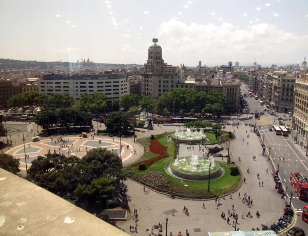 площадь Каталонии в Барселоне вид сверху