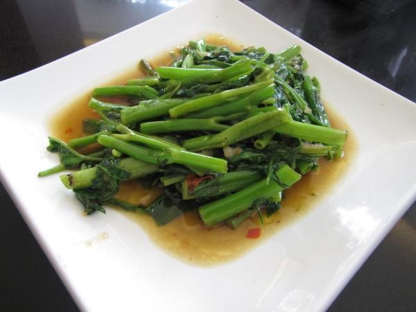 тайские травы в тайской кухне morning glory водяной шпинат