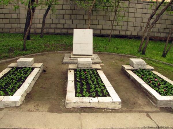 памятники в новосибирске