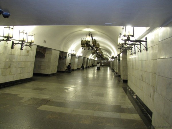 метро екатеринбурга станция уральская фото