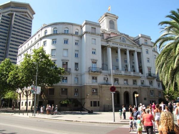 набережная барселоны порт барселоны площадь де ла пау здание вмф каталонии