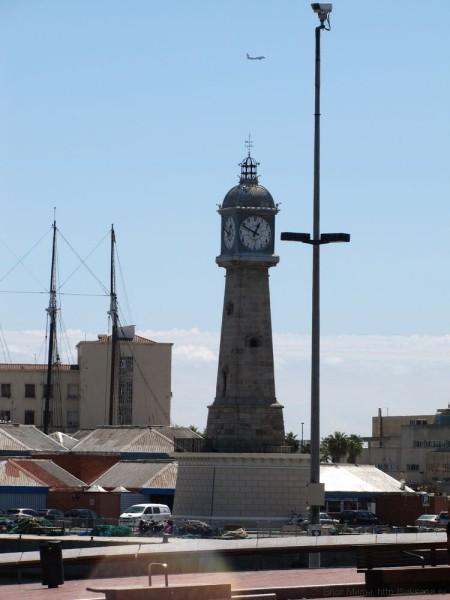 порт барселоны набережная барселоны маяк