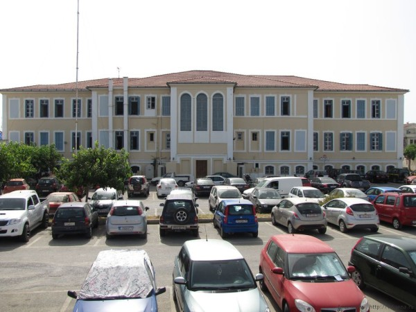 здание префектуры