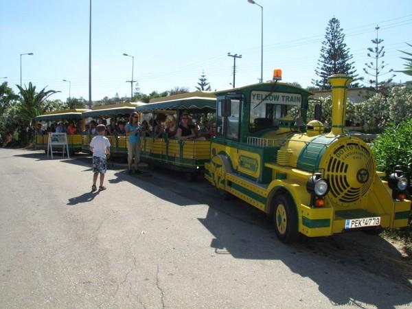 желтый паровозик ретимно yellow train rethymno