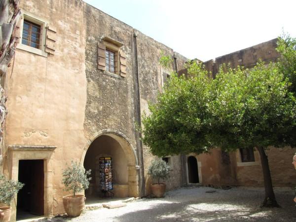сувенирнаялавка и музей монастырь аркади