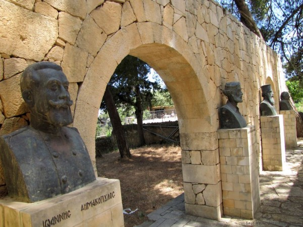 монастырь аркади склеп