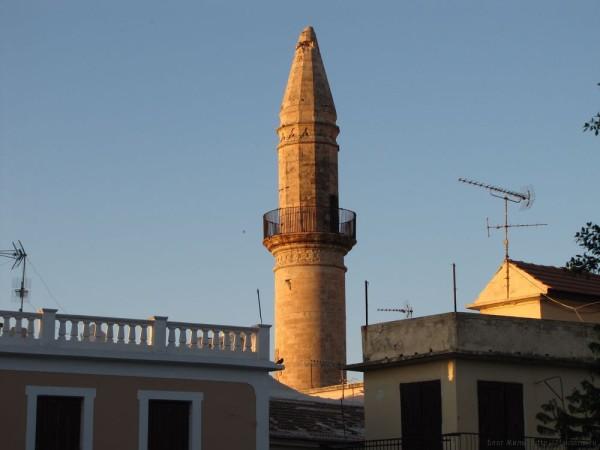ретимно старый город мечеть больших ворот