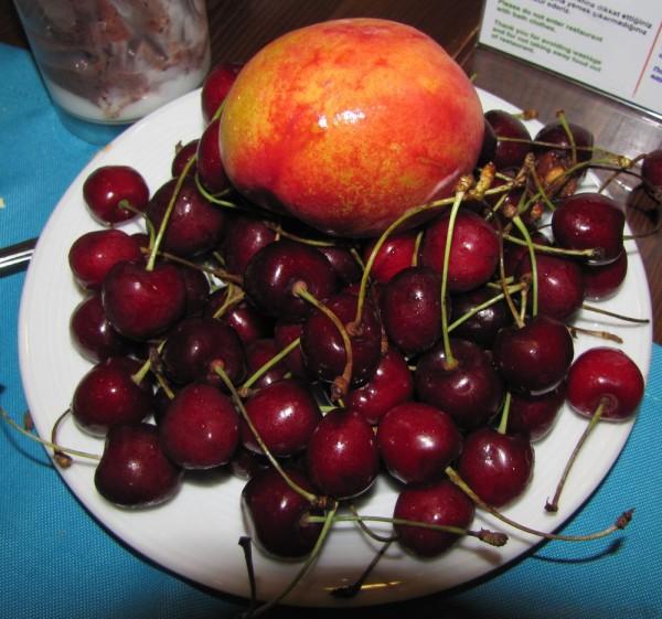Grand Yazici Mares 5* фрукты