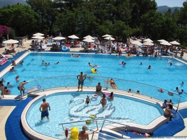 Grand Yazici Mares 5* бассейн