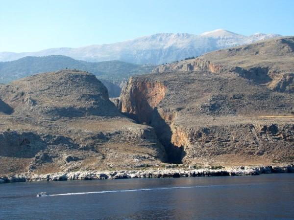 экскурсия в самарийское ущелье горы лефка ори