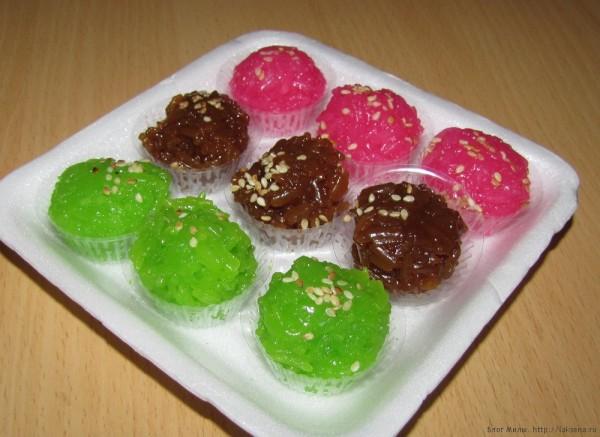 десерты тайской кухни пандановый сладкий клейкий рис (Kao Neeo Kaew)