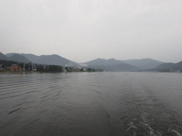 Экскурсия по Телецкому озеру на теплоходе