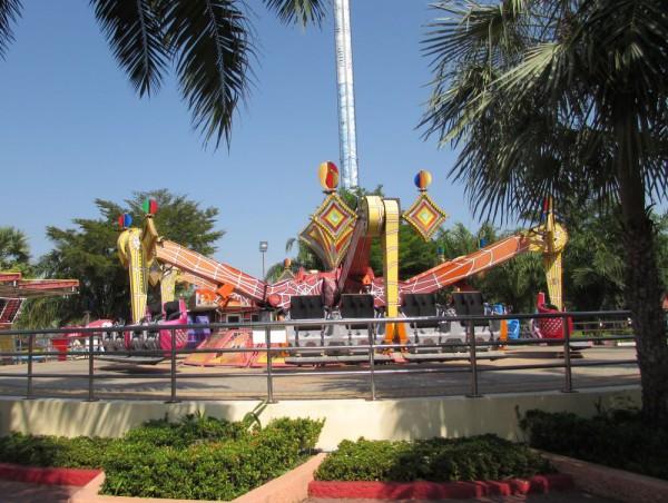 mega dance сиам парк бангкок