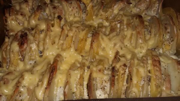 Куриное филе с кабачками луком и картофелем
