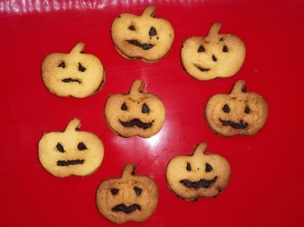 Тыквенное печенье на Хэллоуин джек фонарь