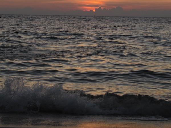 Закат на пляже Паттайи Hu Gwang bay