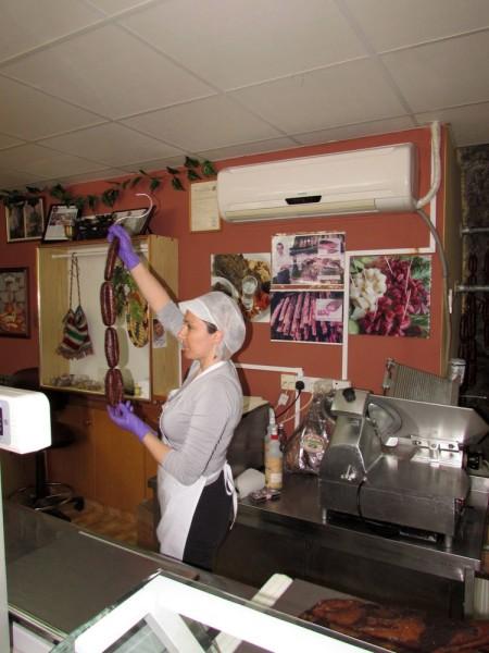 лавка мясных деликатесов какалья агрос Гастрономический тур Кипр, или гурмэ-вояж