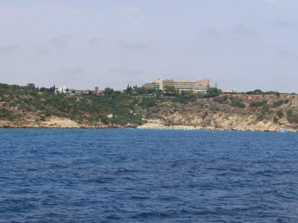 Пиратский корабль Черная жемчужина Айя Напа. konnos beach