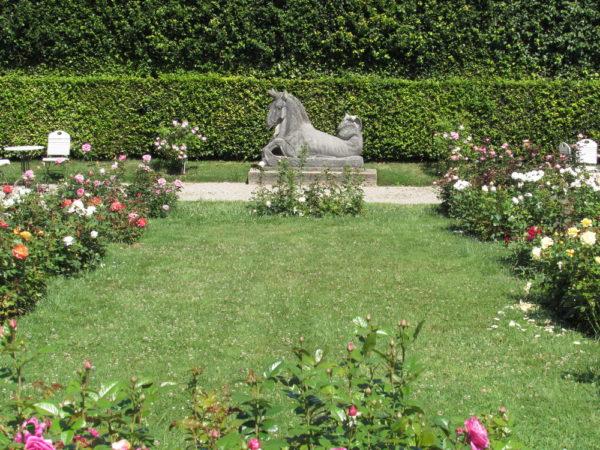 Парк роз в Баден-Баден Гённеранлаге