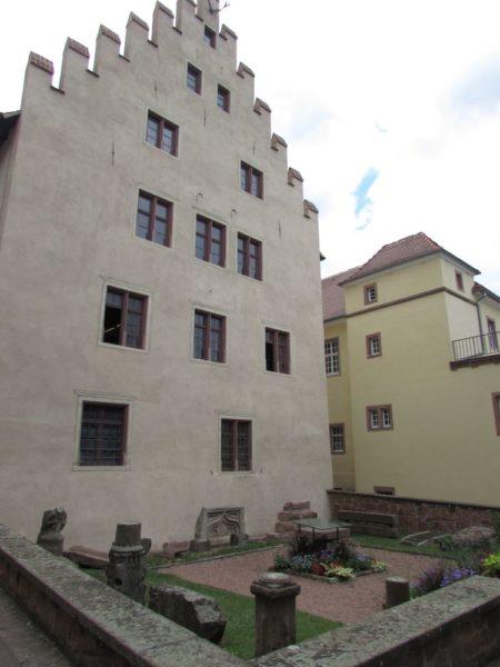Замок герцогов Вюттембург-Монбельяр рикевир riquewihr