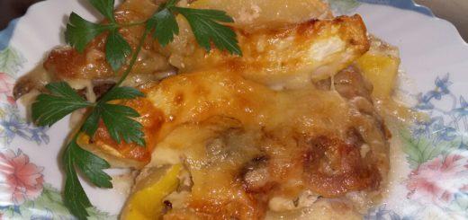 Курица с кабачками под сыром