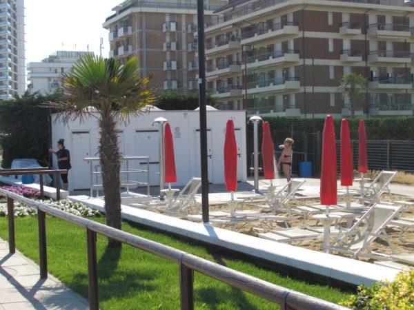 Пляж Лидо ди Езоло душ туалет