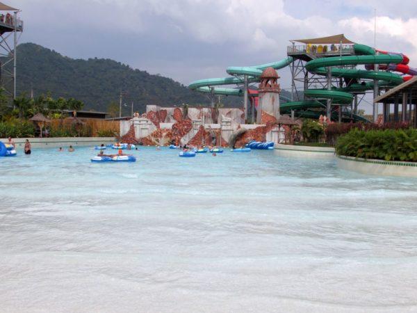 Аквапарк Рамаяна - Ramayana waterpark бассейн с искуственной волной