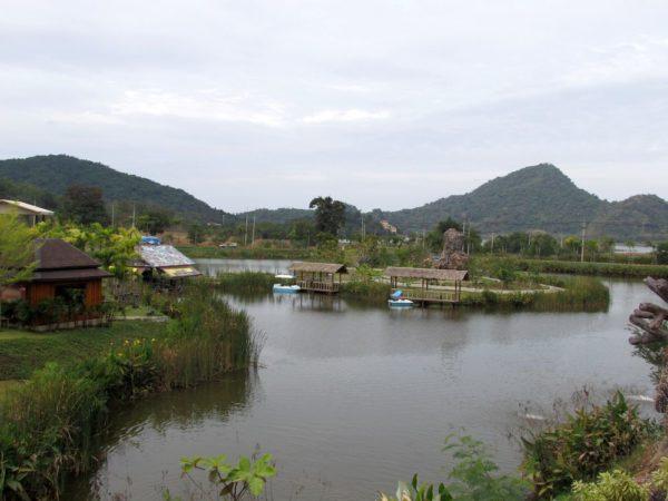Аквапарк Рамаяна - Ramayana waterpark озеро