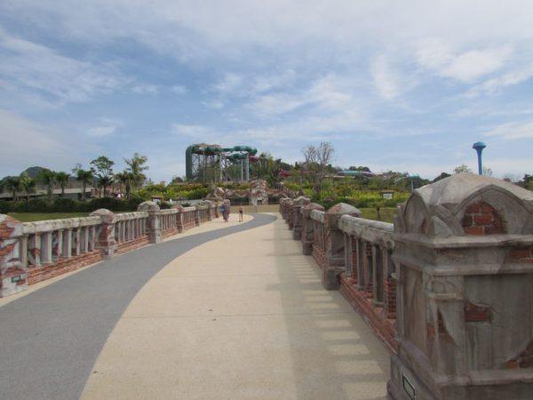 Аквапарк Рамаяна - Ramayana waterpark мост
